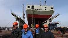 Фрегат  Адмирал Григорович на верфях судостроительного завода Янтарь. Архивное фото