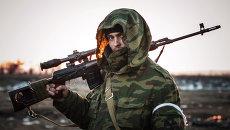Ополченец Донецкой народной республики, архивное фото