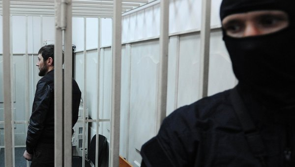 Один из подозреваемых в убийстве политика Бориса Немцова в Басманном суде города Москвы. 8 марта 2015