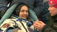 Экипаж с российской космонавткой вернулся с МКС. Кадры с места приземления