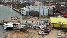 Поврежденные в результате циклона Пэм лодки в столице Вануату