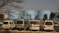 Цистерны с радиоактивной водой на АЭС Фукусима. Архивное фото