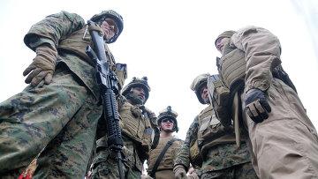 Десант, состоящий из морских пехотинцев США и эстонского разведывательного подразделения Кайтселиита. Архивное фото