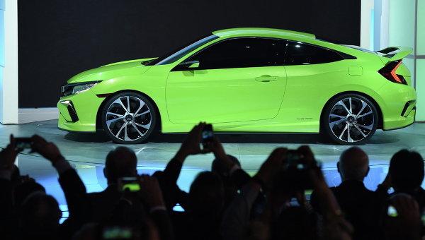 Honda Civic Concept на автосалоне в Нью-Йорке. Апрель 2015