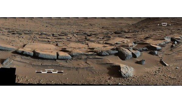 Дельта пересохшей марсианской реки, найденная Curiosity, в почве которой может до сих пор таиться жидкая вода благодаря солям-перхлоратам