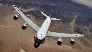 Американский самолет-разведчик RC-135U