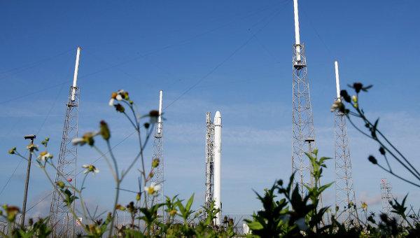 Ракета Falcon 9, архивное фото