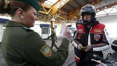 Член мотоклуба Ночные волки на Белорусско-Польской границе