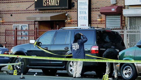 ВБруклине неизвестные обстреляли полицейских