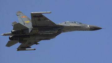 Самолет китайских ВВС, архивное фото