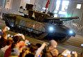 """Танк Т-14 на гусеничной платформе """"Армата"""" во время репетиции военного парада в Москве"""