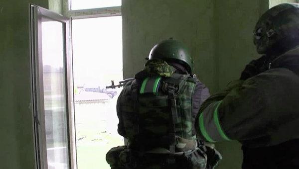 Дагестанская полиция во время спецоперации в Махачкале
