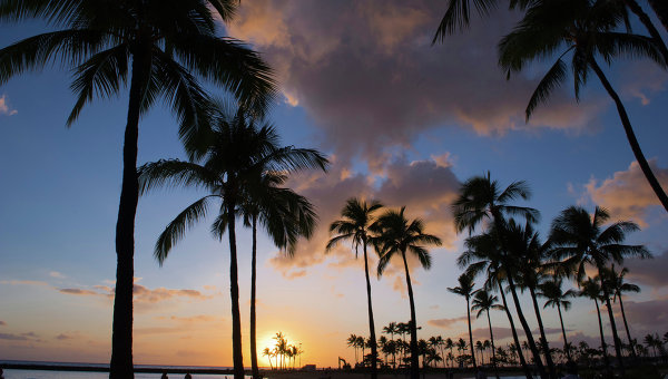 Закат на Гавайях. Архивное фото