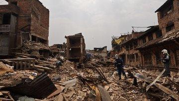 Поисково-спасательные работы в Непале. Архивное фото