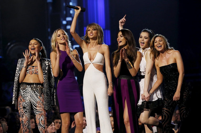 Taylor swift vma 2010