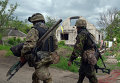 Украинские военнослужащие на позициях в районе Донецка
