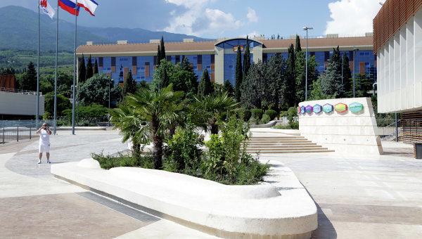 Международный детский центр Артек. Архивное фото