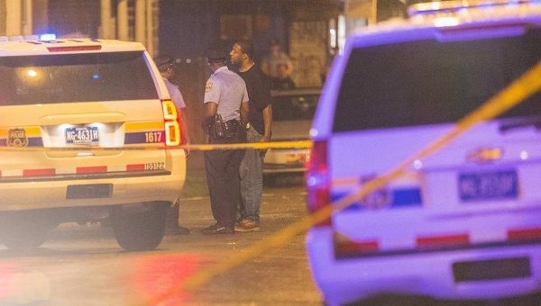 Полиция на месте стрельбы на вечеринке в западной Филадельфии