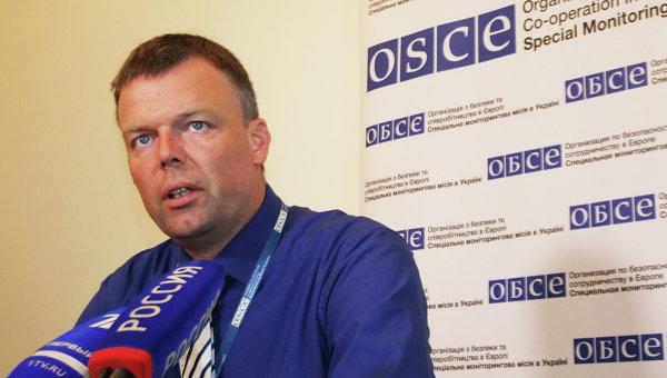 Заместитель главы миссии ОБСЕ на Украине Александр Хуг. Архивное фото.