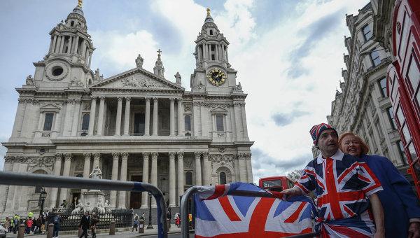 На одной из улиц Лондона, архивное фото