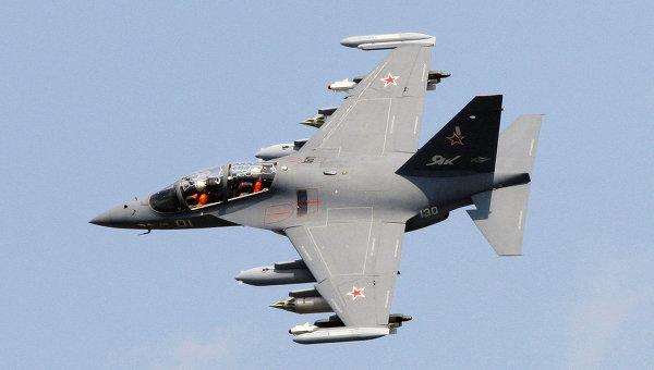 Самолет Як-130, архивное фото