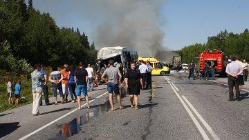 На месте ДТП с участием рейсового автобуса в Козульском районе Красноярского края. 22 июля 2015
