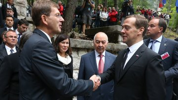 Премьер словении пригрозил хорватии судом из-заспора огранице