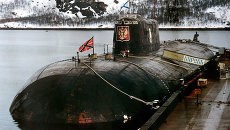 АПЛ Курск на базе в Видяево