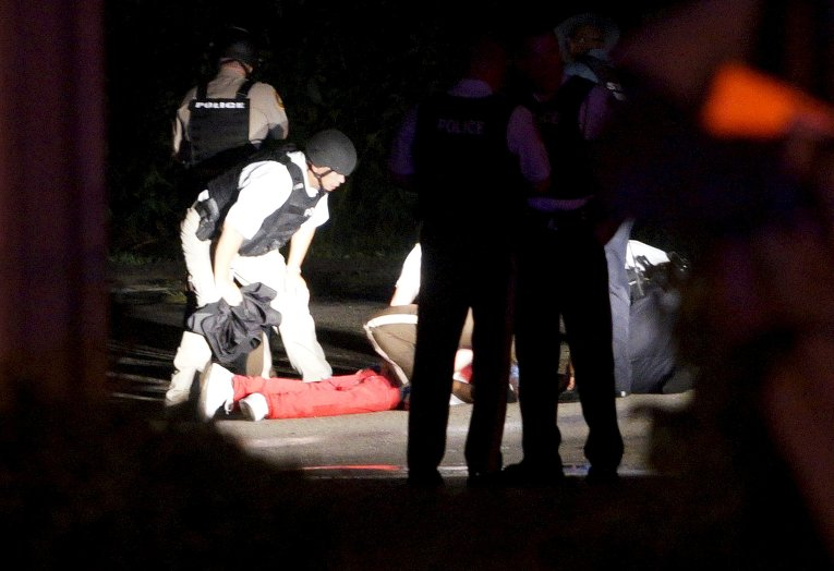 Человек, раненый во время стрельбы в Фергюсоне, США