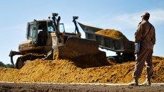 Военнослужащие железнодорожных войск ведут строительные работы. Архивное фото