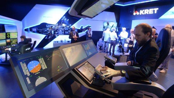Стенд концерна Радиоэлектронные технологии (КРЭТ) во время открытия Международного авиационно-космического салона МАКС-2015. Архивное фото