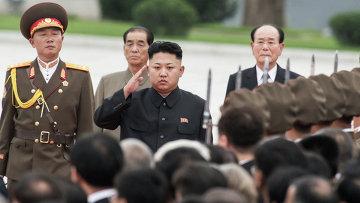 Первый секретарь Центрального комитета Трудовой партии Кореи Ким Чен Ын (в центре
