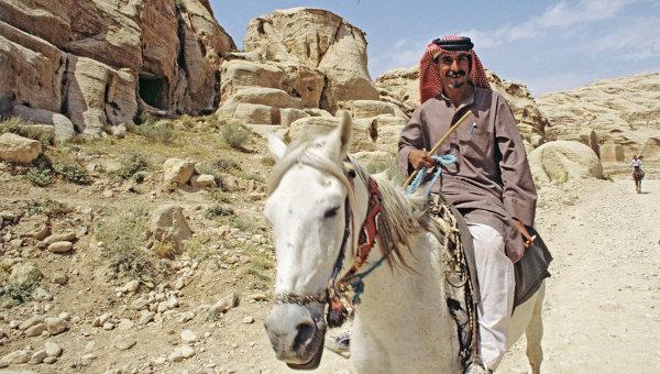 Бедуин в городе Петра