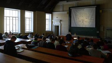 Обучение студентов. Архивное фото