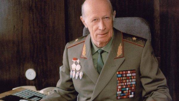 Картинки по запросу генерал-майор Юрий Дроздов