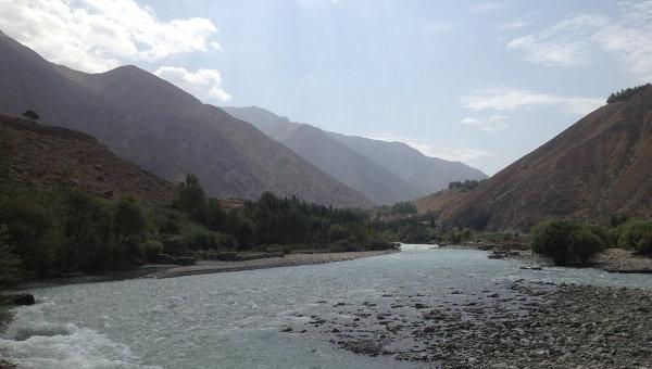 Американский самолет разбился в аэропорту афганского города Джелалабад
