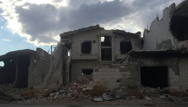 Освобожденное от боевиков ИГИЛ село в сирийской провинции Хама в Сирии