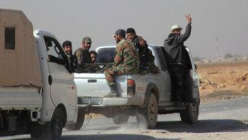 Сирийские солдаты в городе Алеппо, октябрь 2015