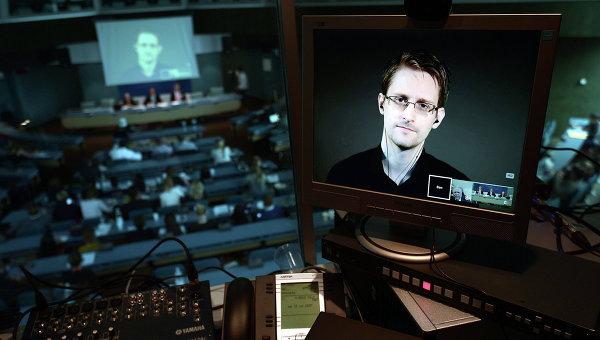 Бывший сотрудник ЦРУ и Агентства национальной безопасности США Эдвард Сноуден. Архивное фото