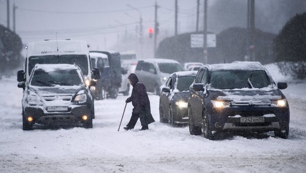 Снег в Омске. Архивное фото