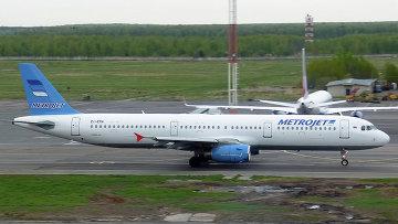 Самолет Airbus A321 авиакомпании Metrojet. Архивное фото