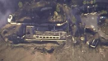 Самолет российских Воздушно-космических сил Су-34 нанес авиационный удар по заводу, на котором производились самодельные взрывные устройства, в сирийской провинции Алеппо