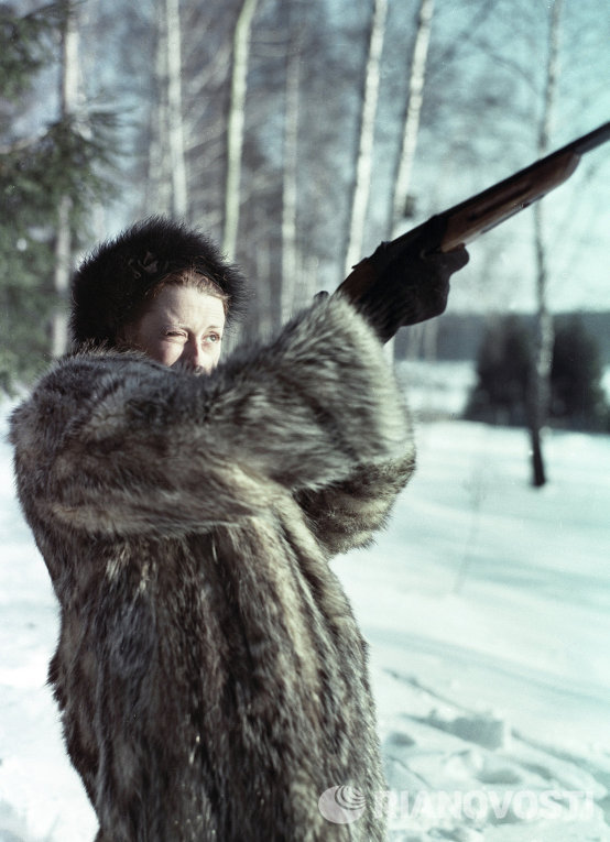 Майя Плисецкая на охоте
