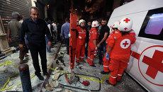 Скорая помощь на месте двойного теракта в южном пригороде Бейрута