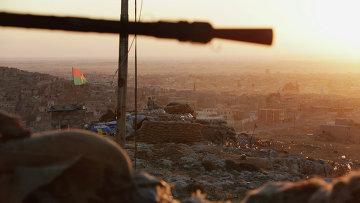 Курдские вооруженные силы в городе Синджар. 13 ноября 2015. Архивное фото
