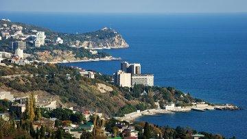 Вид на южный берег Крыма. Архивное фото