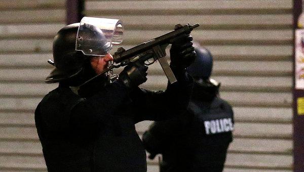 Полицейский спецназ во Франции. Архивное фото
