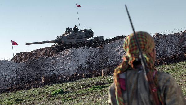 Танк турецкой армии возле границы с Сирией