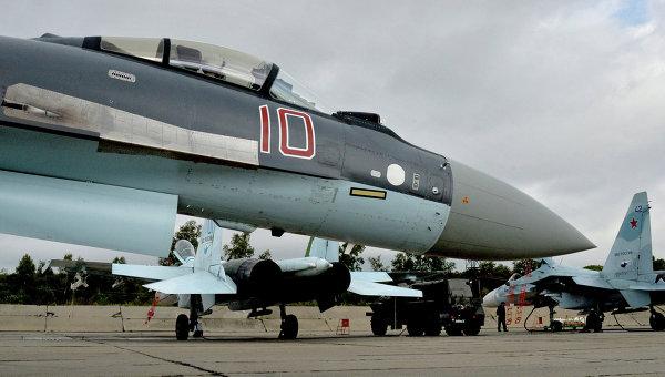 Самолет Су-35С. Архивное фото