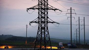 Обесточенные высоковольтные линии электропередачи в Крыму. Архивное фото